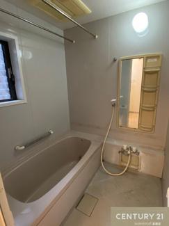 【浴室】茨木市西安威一丁目