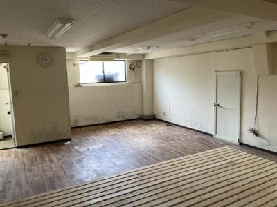 上野芝 事務所店舗・倉庫 約21坪