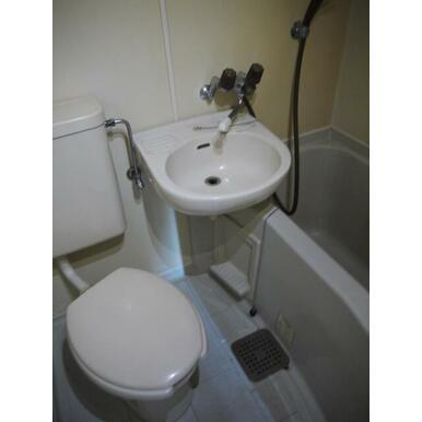 【浴室】クローバー