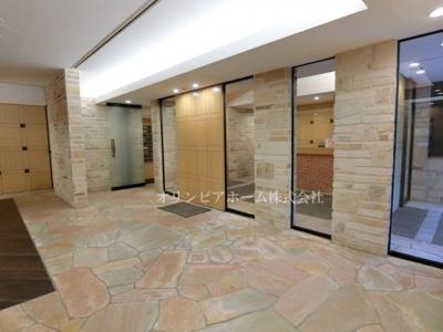 【エントランス】クレアトール亀戸 8階 角 部屋 2003年築 リ ノベーション済