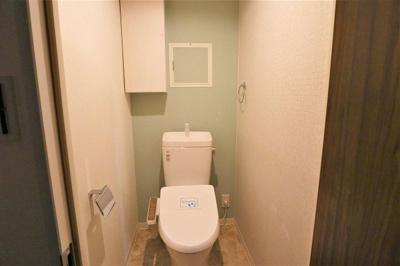 トイレ・温水洗浄便座一式新調いたしました♪