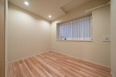 サービスルームは寝室など居室としてもご利用いただけます。
