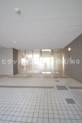 【エントランス】シャンブル蒔田