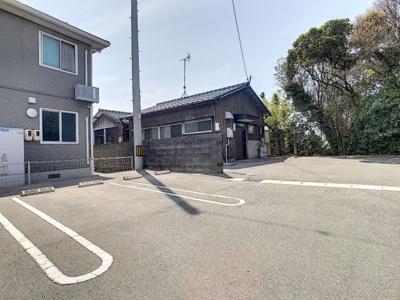 【駐車場】富任町T貸家