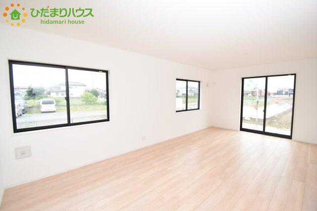 【居間・リビング】鴻巣市松原 第6 新築一戸建て クレイドルガーデン 01