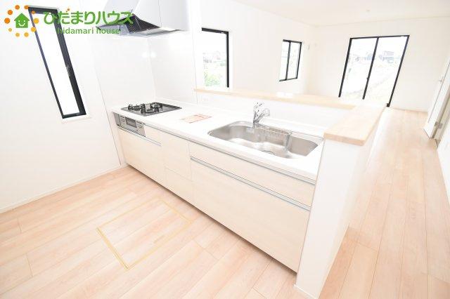 【キッチン】鴻巣市松原 第6 新築一戸建て クレイドルガーデン 01