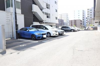 【駐車場】Ⅴesta(ウェスタ)