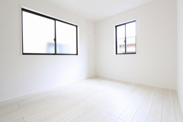 スタンダードな洋室です:建物完成しました♪毎週末オープンハウス開催♪八潮新築ナビで検索♪