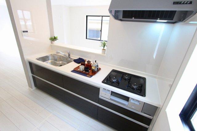 きれいなキッチンです:建物完成しました♪毎週末オープンハウス開催♪八潮新築ナビで検索♪