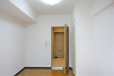 スッキリとした洋室 約6.2帖