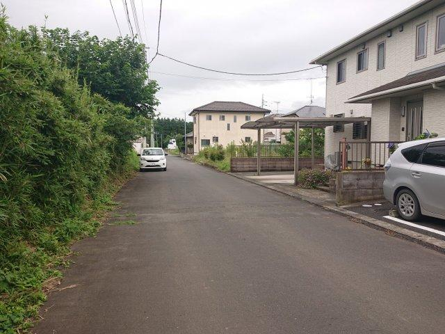 【前面道路含む現地写真】小美玉市納場土地