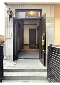■南向き玄関です <川口市弥平2丁目 中古戸建>