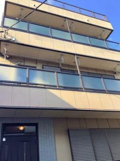 ■正面から写真 5SLDK 鉄骨造3階建 建物面積:144.07㎡  <川口市弥平2丁目 中古戸建>