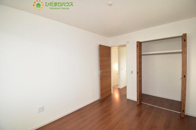2階に3部屋あるので、パパの書斎やママの趣味の部屋も実現可能です(^O^)