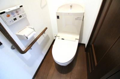 トイレはウォシュレット付きでいつも清潔に保てます。気になる部分のリフォームもゆいホームにご相談下さい(^^♪