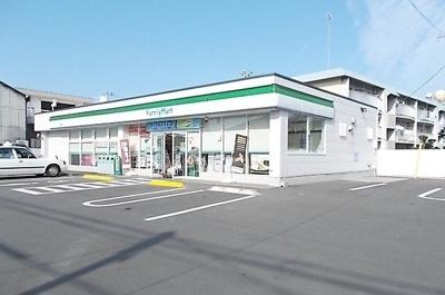 ファミリーマート今治東生店様まで1700m