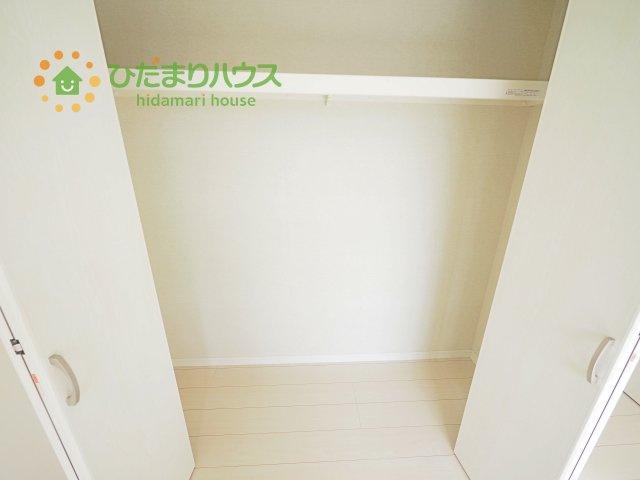 全室にクローゼットが付いていて、お部屋の住空間もスッキリ広々つかえそうです(^^)/