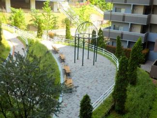 【庭】リビオ六甲高羽ガーデンスクェア