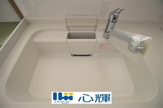 排水口のリンクをなくし、汚れが溜まりやすい溝がないので、お手入れが簡単です。