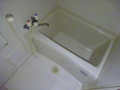 【浴室】ラ・ピネード