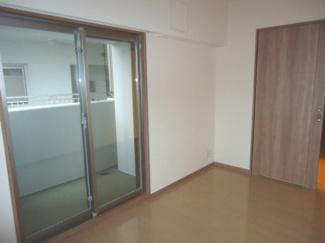 【洋室】エステムコート川西能勢口 5階