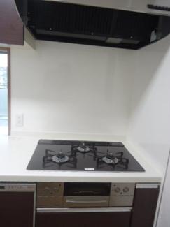 【キッチン】エステムコート川西能勢口 5階