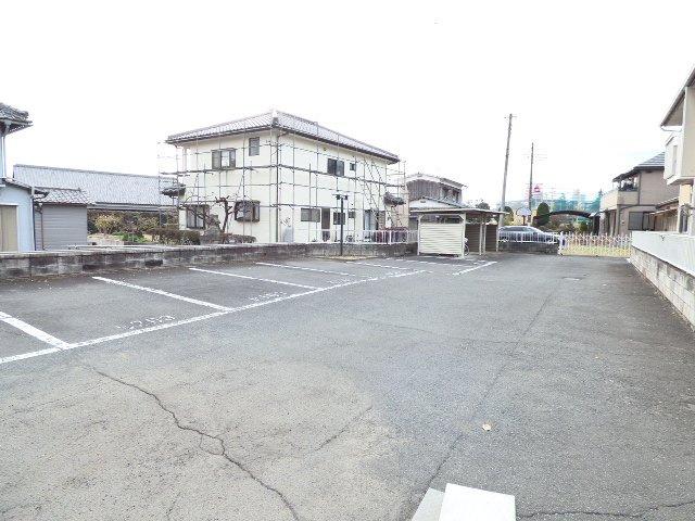 広々とした駐車場です。