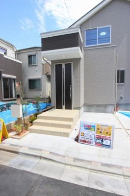 毎日通る玄関はこちらです:建物完成しました♪三郷新築ナビで検索♪