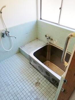 【浴室】南丹市八木町木原上西