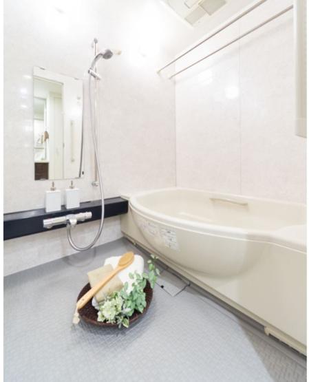 【浴室】駅徒歩5分。床暖房。ペット飼育可(細則有)