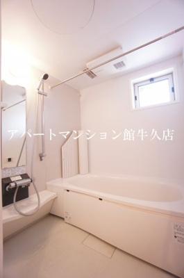 【浴室】La Luce(ラ・ルーチェ)A