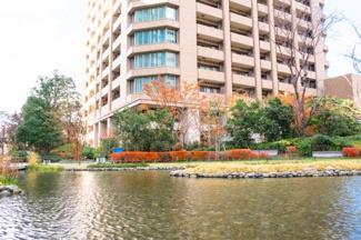 【外観パース】梅田北ヤード再開発内に位置するタワーマンションです。