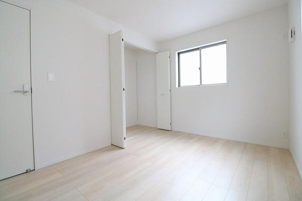 2階6帖洋室♪
