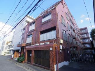 西武新宿線「久米川駅」徒歩8分、西武多摩湖線「八坂」駅徒歩3分の駅近交通至便なマンション