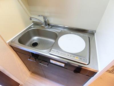 ユニットバスでお掃除らくらく☆浴室内にトイレ付きです♪お風呂に浸かって一日の疲れもすっきりリフレッシュ♪