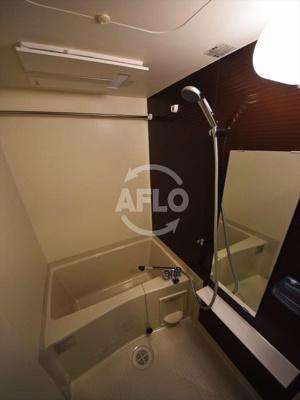 レオンコンフォート難波ミラージュ 浴室換気乾燥暖房機付バスルーム