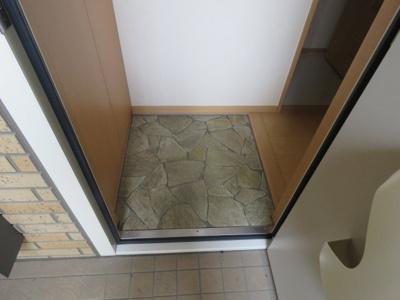 【玄関】カーサアルペジオA棟