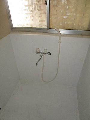 広々シャワールーム♪
