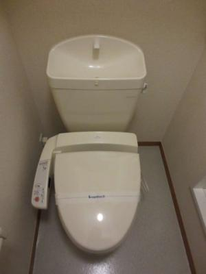 温水洗浄機付きトイレ