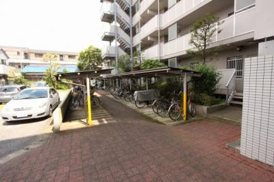 駐輪場があります:三郷新築ナビで検索♪
