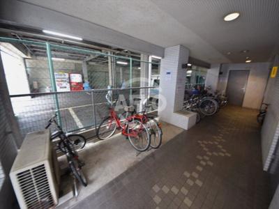 カーサ日本橋 駐輪場