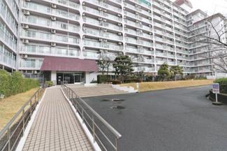 【パストラル昆陽】地上12階建 総戸数306戸 ご紹介のお部屋は2階部分です♪