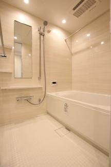 【浴室】モア・クレスト赤羽1番館