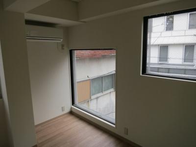 【洋室】西新宿4丁目 賃貸併用住宅