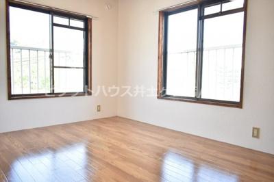 【寝室】シャトーム・エル
