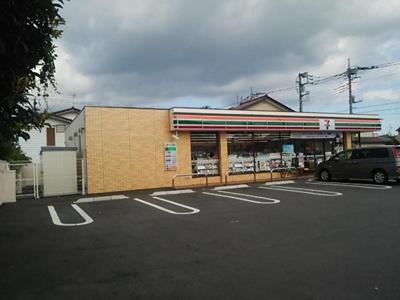 セブンイレブン前橋朝倉町1丁目店まで822m