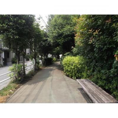 公園「小茂根三丁目緑地まで939m」