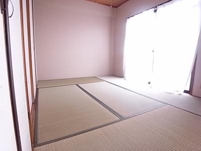 【寝室】ベルシャンテ美山台