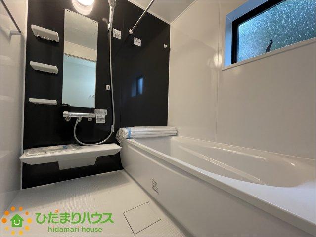浴室乾燥機付きで雨の日でも便利♪