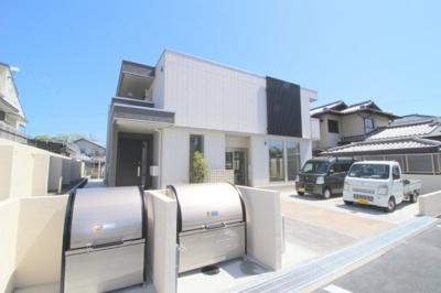 【外観】La Maison上野坂